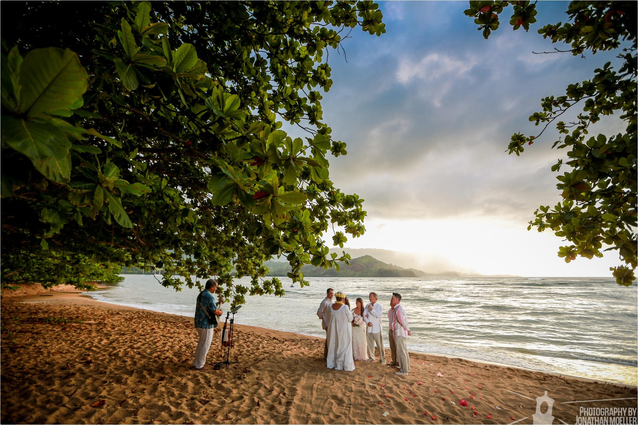 jonathan-moeller-photographer-wedding-photography-kauai-hawaii-kalihiwai-ridge-valley-estate-_0228